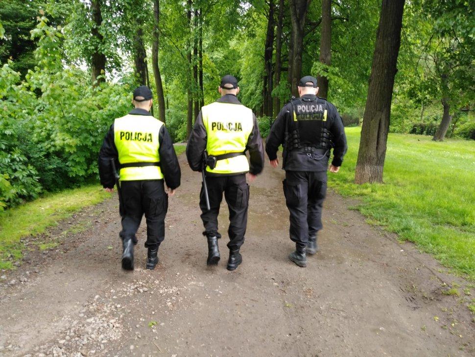 Wspólne patrole zabrzańskich policjantów z adeptami katowickiej Szkoły Policji