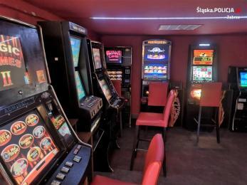 Policjanci zabezpieczyli aż 7 automatów do nielegalnego hazardu