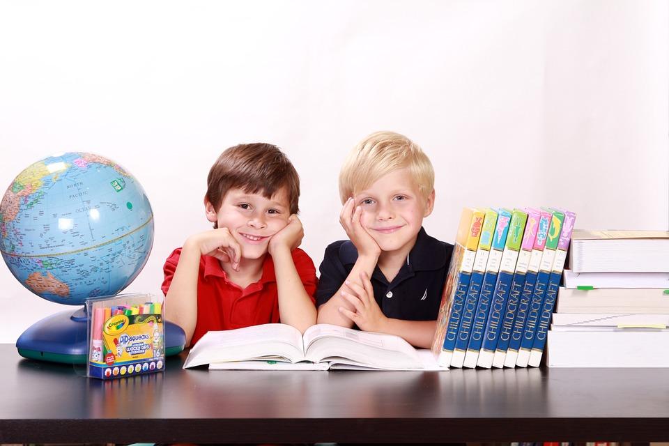 MEiN: W 97,3 proc. szkół podstawowych uczniowie klas I-III uczą się stacjonarnie