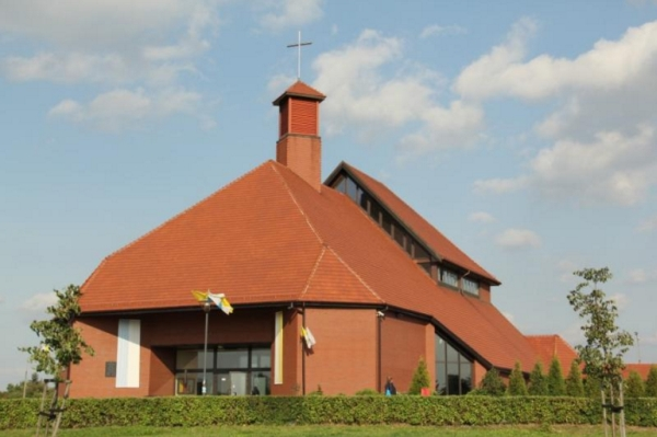 Os. M. Kopernika - Kościół pw. św. Wojciecha